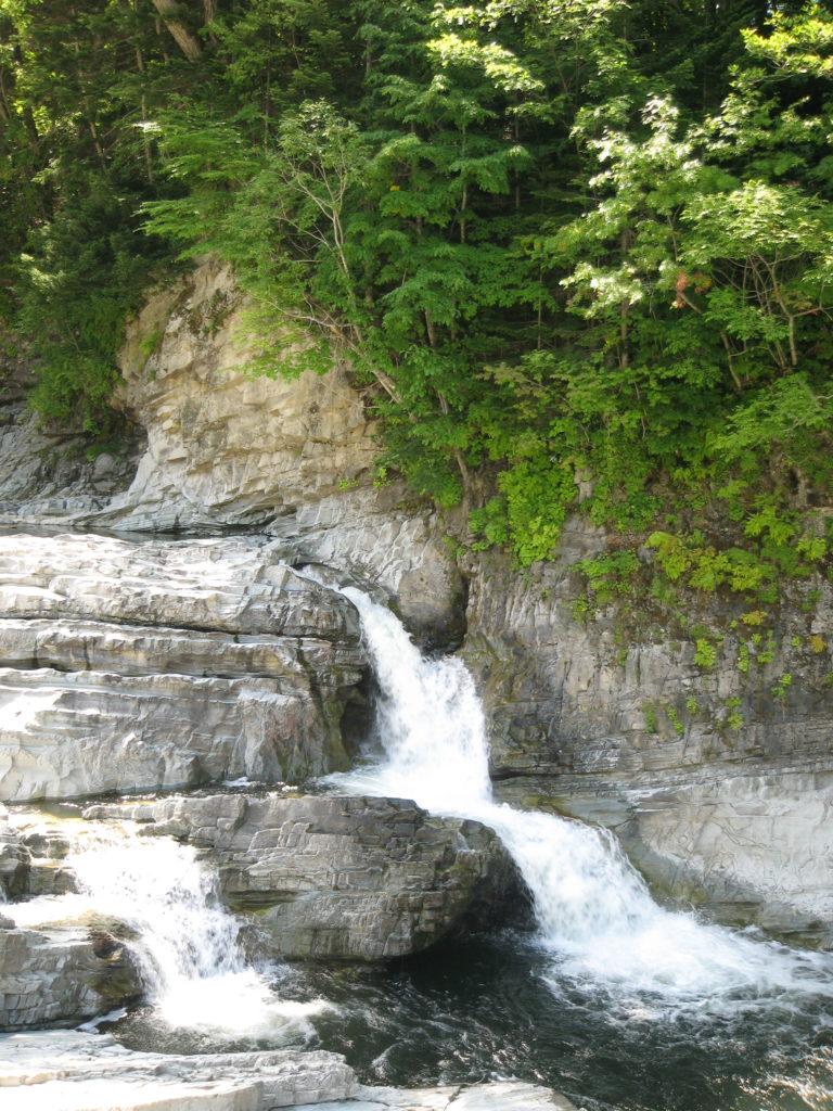 三段滝上流